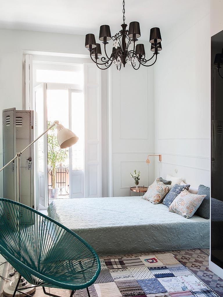 Klassieke karakteristieke slaapkamer uit Madrid