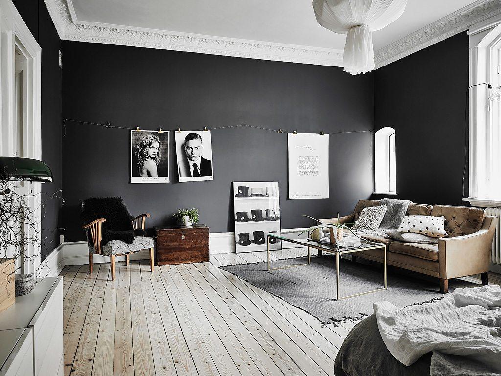 Zwarte Slaapkamer Muur : Klein appartement met stoere zwarte muren inrichting huis
