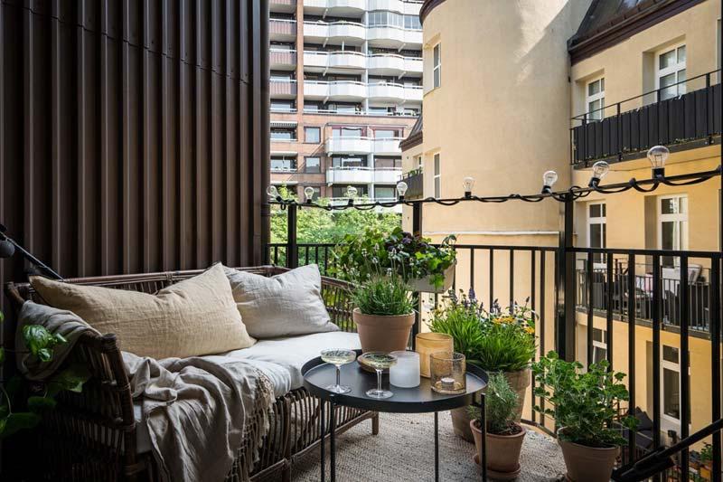 klein intiem balkon