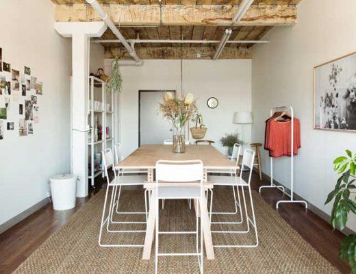 Klein studio kantoor van Jessica Comingore