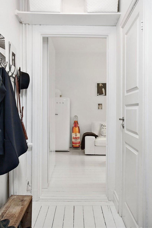 Klein en wit appartement van 22m2 inrichting - Deco klein appartement ...