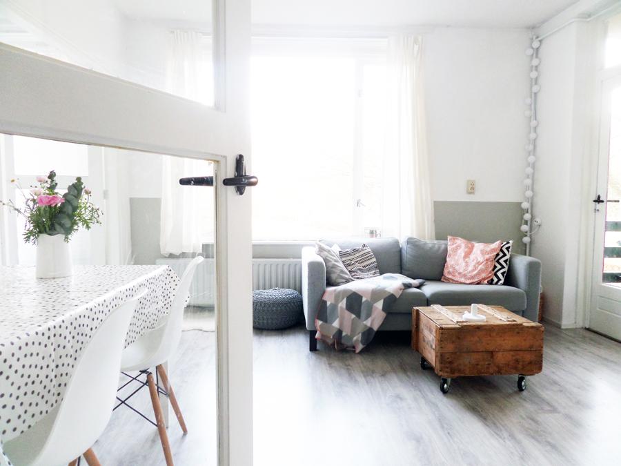 Kleine woonkamer hoekbank for Interieur stylisten