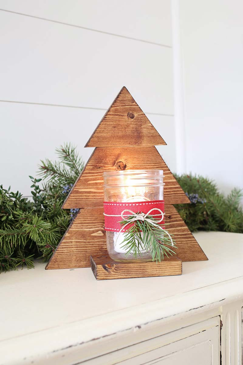 Kleine houten kerstboom maken