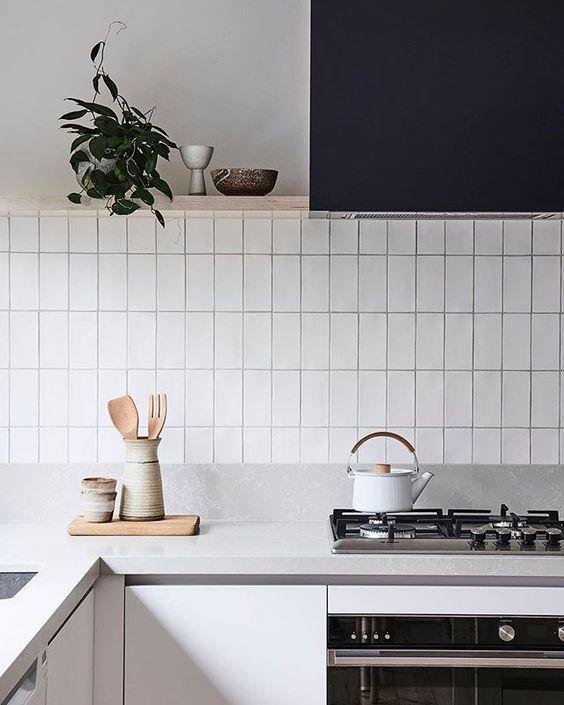 Kleine lichte keuken
