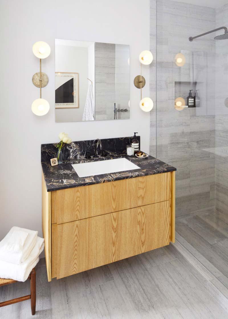 kleine luxe badkamer