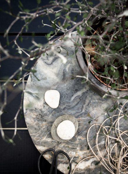 Kleine patio tuin van Zweedse interieurstylist Daniella Witte