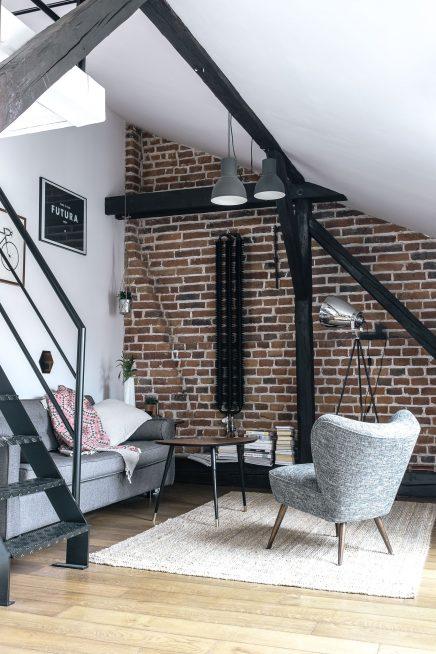 Kleine ruimtelijke woonkamer met een stoer tintje | Inrichting-huis.com