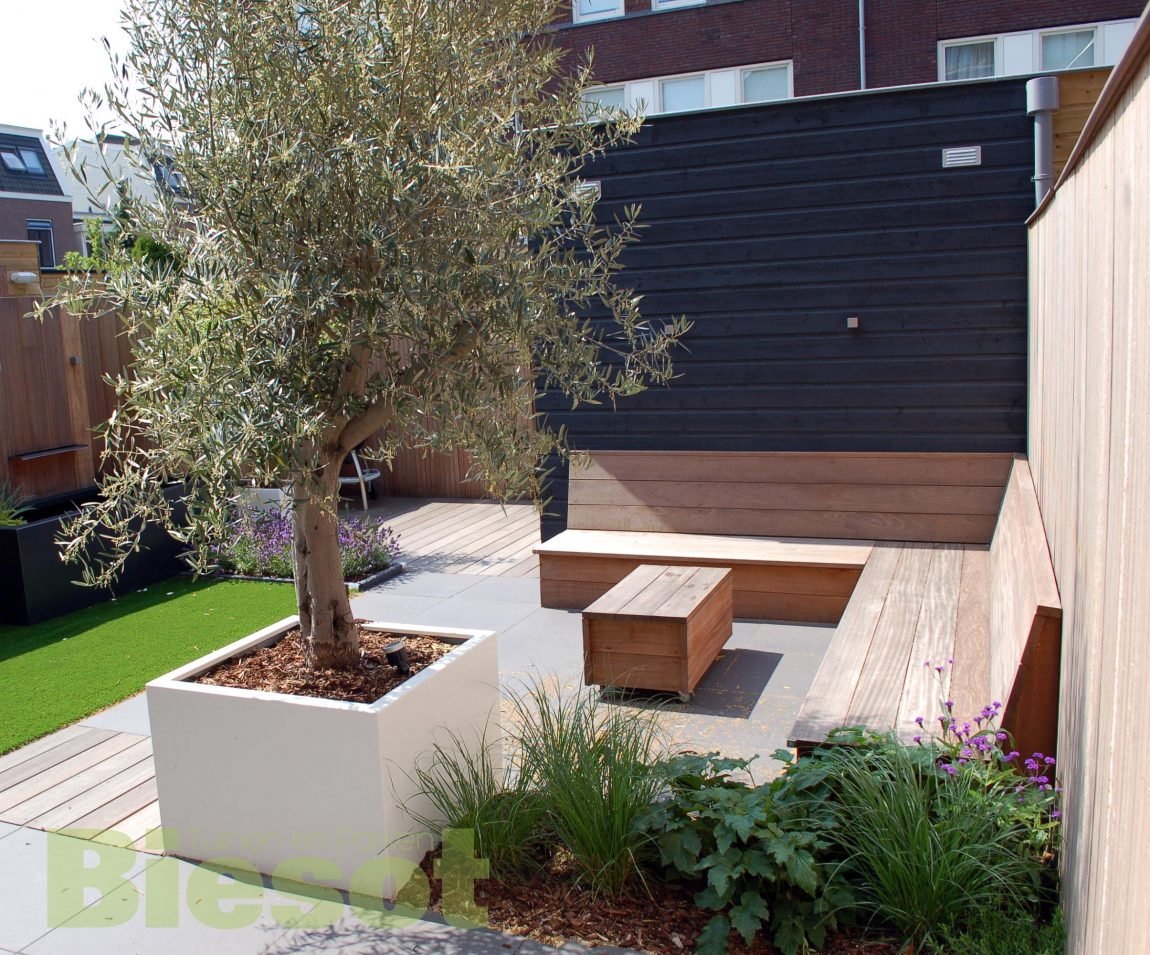 Inspiratie voor onze kleine stadstuin inrichting for Inrichting huis ontwerpen