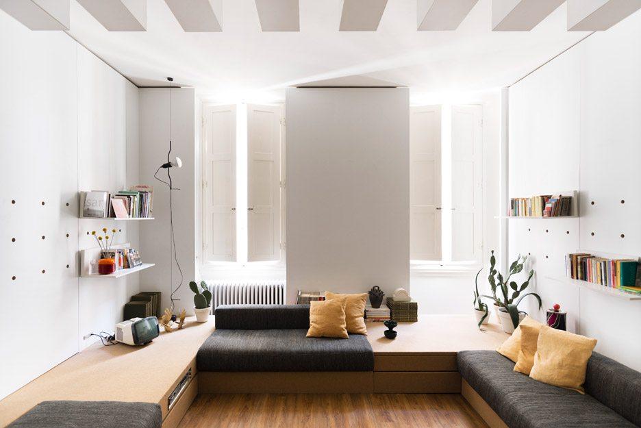 Kleine woonkamer van Italiaanse architect Silvia Allori ...