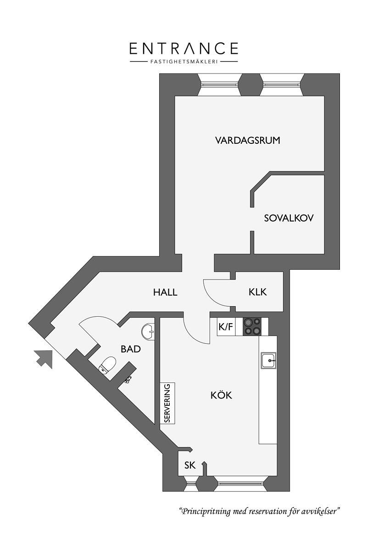 Kleine woonkamer met een opklapbaar bed