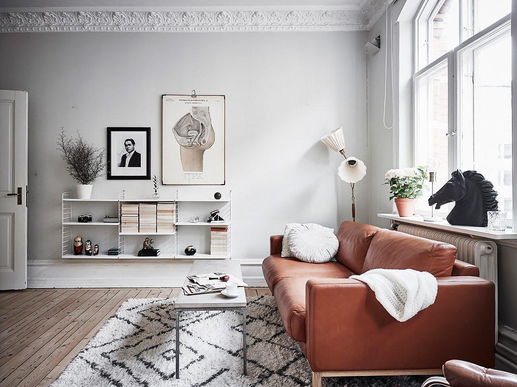 Kleine woonkamer met een opklapbaar bed inrichting - Opklapbaar bedplafond ...