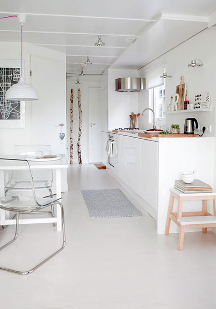 Kleine woonkamer in Scandinavische stijl  Inrichting-huis.com
