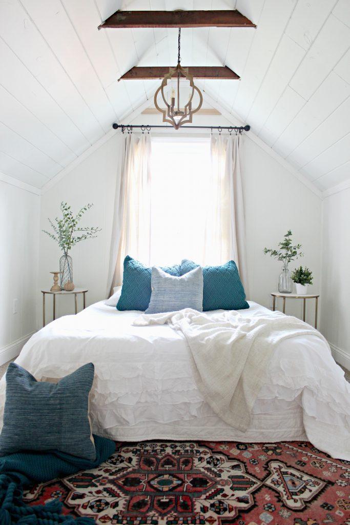 kleine zolder slaapkamer