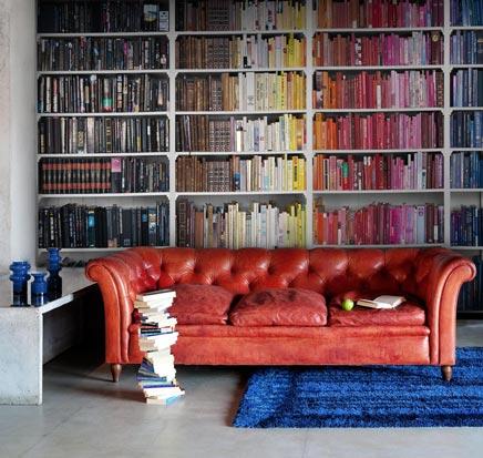 Kleurrijke boekenkast fotobehang
