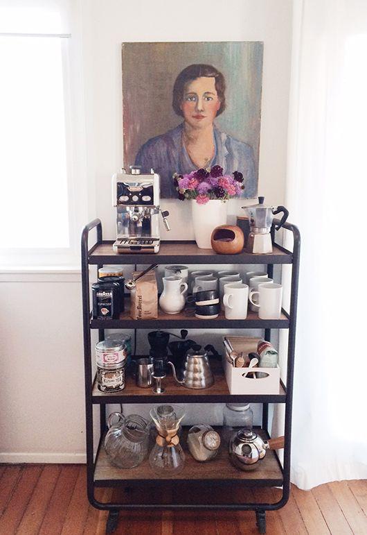 Koffiemachine op trolley