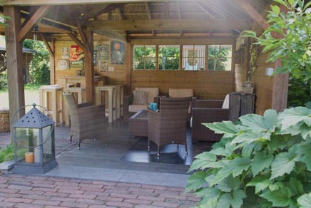 Hout beton schutting: landelijke tuin ideeen