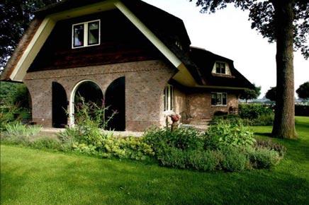 Landelijke tuin in veendendaal inrichting for Landelijke inrichting huis