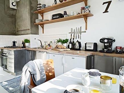 Keuken Zweeds Design : Lichte keuken zweeds appartement inrichting huis