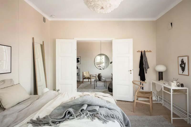 lichte taupe muren slaapkamer
