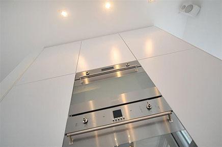Compacte Woonkamer Inrichting : Lichte woonkamer met compacte open keuken inrichting huis.com