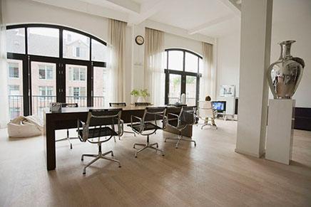 Lichte loft appartement verkocht in Amsterdam