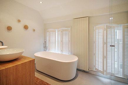 Luxe afwerking in badkamer van bovenwoning