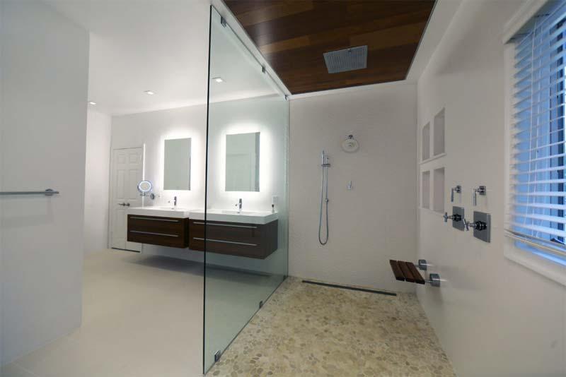 luxe badkamer open concept douche vrijstaand bad