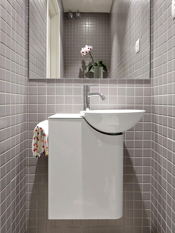 Luxe combinatie van slaapkamer, half open inloopkast en badkamer ...