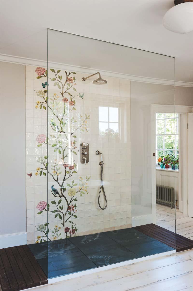 luxe romantische badkamer inloopdouche