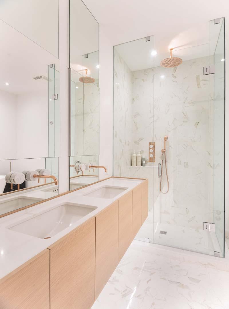 luxe witte badkamer