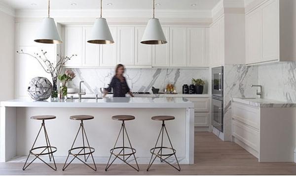 Carrara Marmer Keuken : Gevoeligheid van marmer kan een minpunt zijn. Met natuursteen moet je