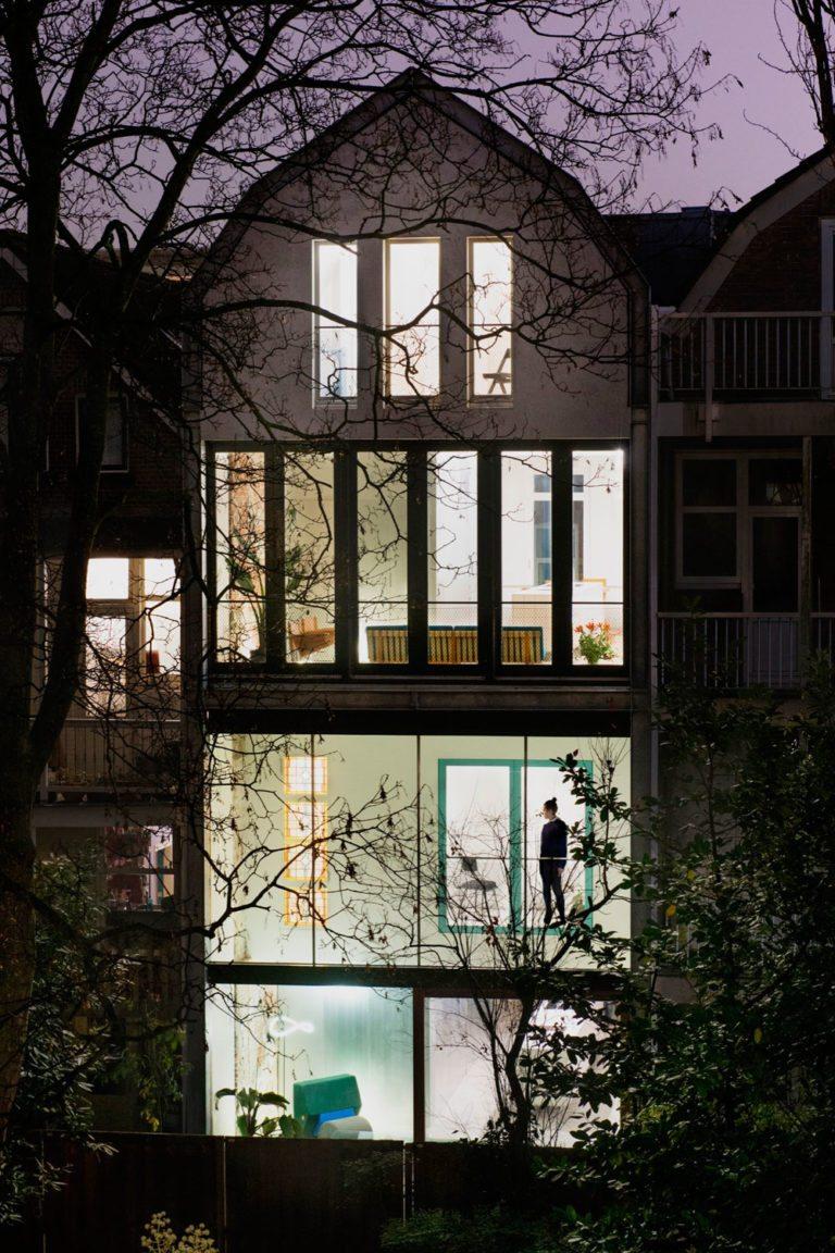 Matryoshka House aan Schietbaanlaan in Rotterdam