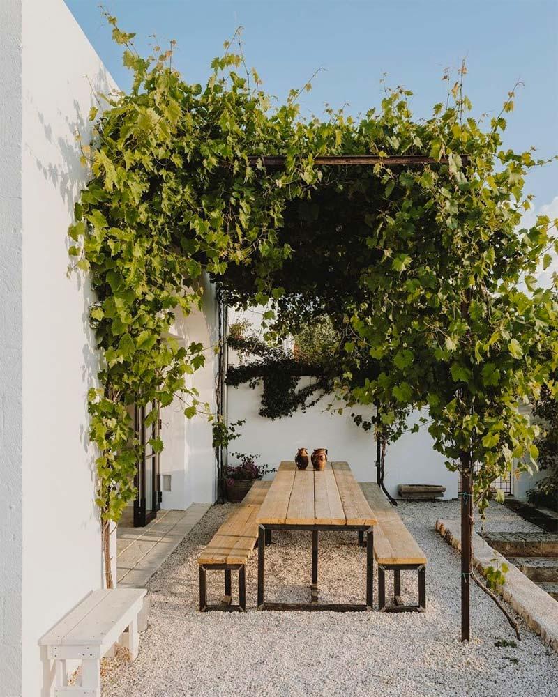 mediterrane tuin pergola