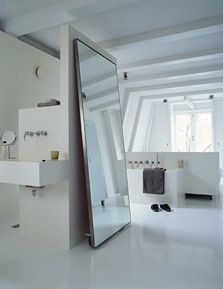 Minimalistische slaapkamer met badkamer  Inrichting-huis.com