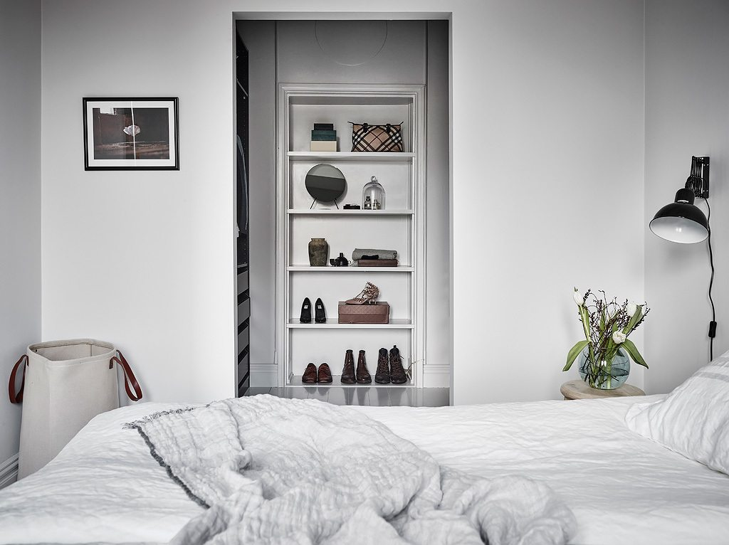 Minimalistisch mooie slaapkamer inloopkast combinatie inrichting