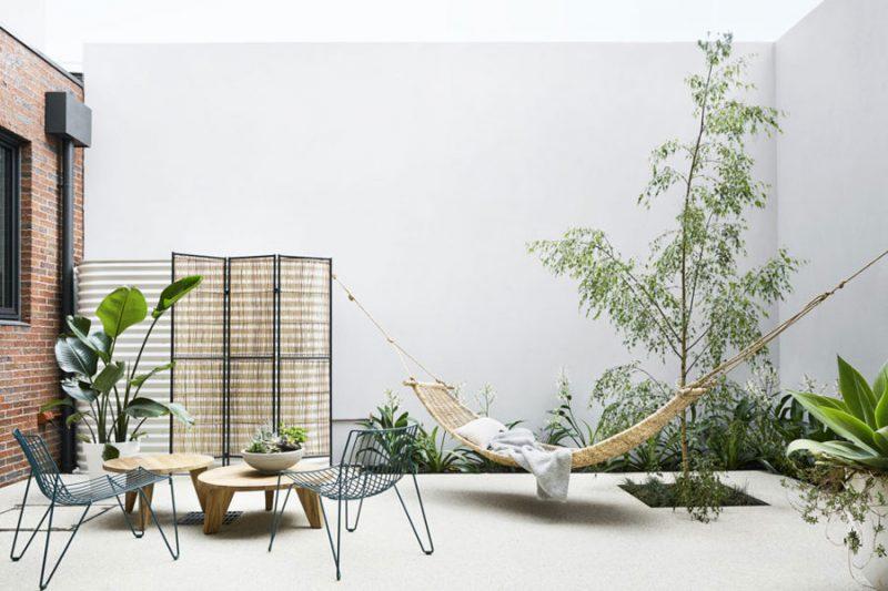 Minimalistische intieme tuin