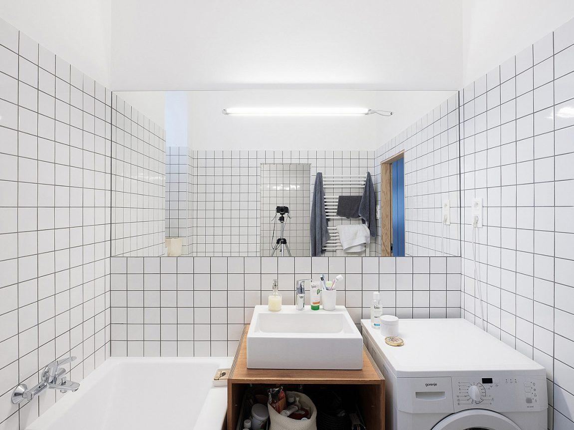 minimalistische-witte-badkamer