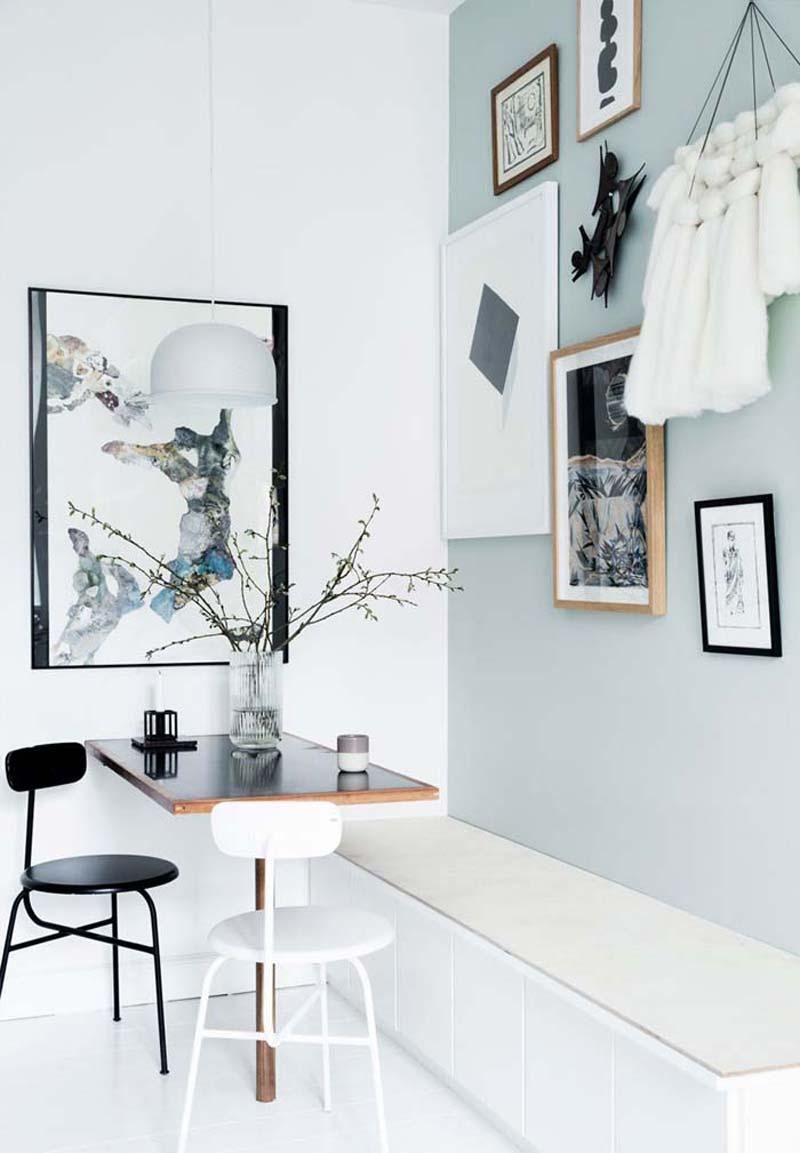 Mintgroene muur bij eethoek