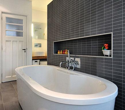 Moderne badkamer met praktische indeling