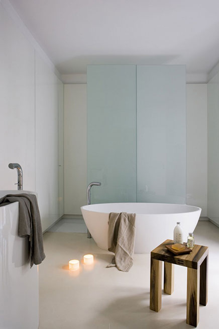Goedkope Nieuwe Badkamer ~ Moderne badkamer met strakke afwerking  Inrichting huis com