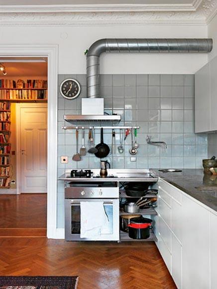 Moderne keuken in klassieke huisinrichting inrichting - Moderne oude keuken ...