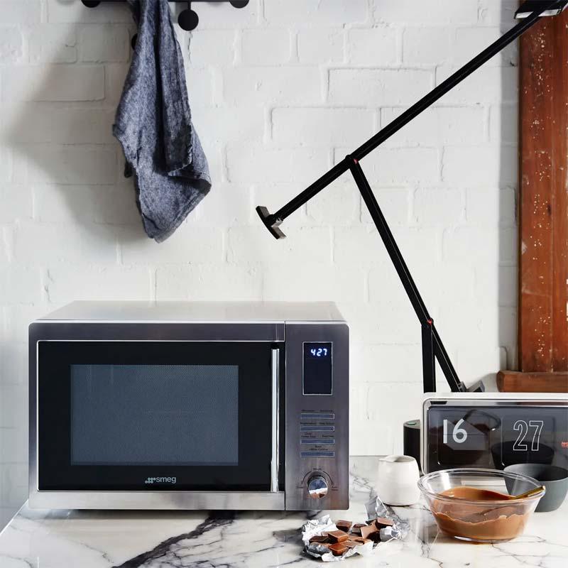 moderne keukenapparatuur combimagnetron smeg