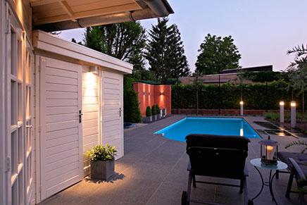 Moderne tuin met zwembad inrichting for Moderne tuin met jacuzzi