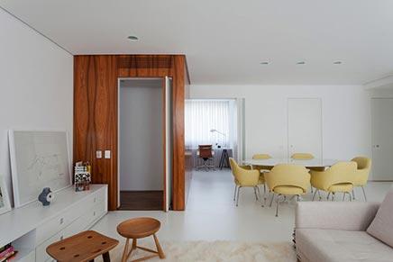 Moderne vintage woonkamer in Curitiba