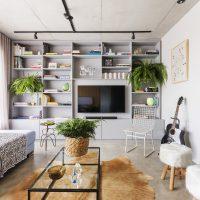 Deze moderne woonkamer heeft een stoer vintage tintje gekregen