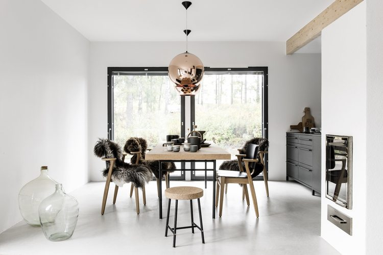 Zwart Keuken Stoere : Moderne zwarte keuken van finse interieurstylist piia kalliomäki