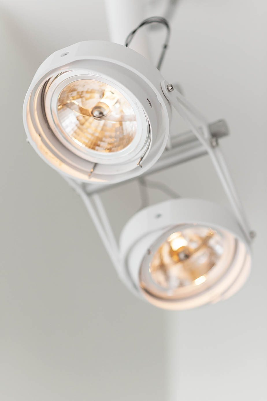 modular-nomad-lamp-2-spot-wit