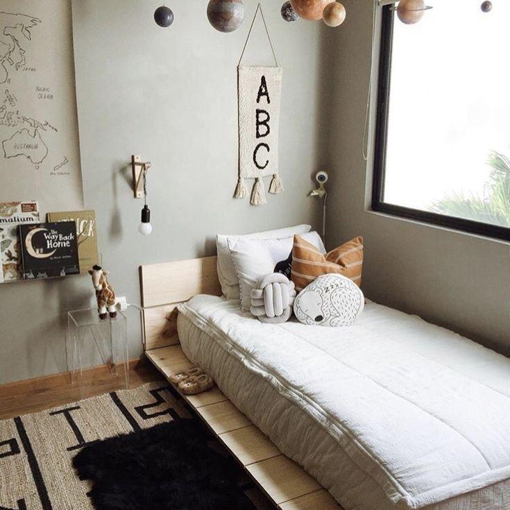 Montessori kinderkamer bed