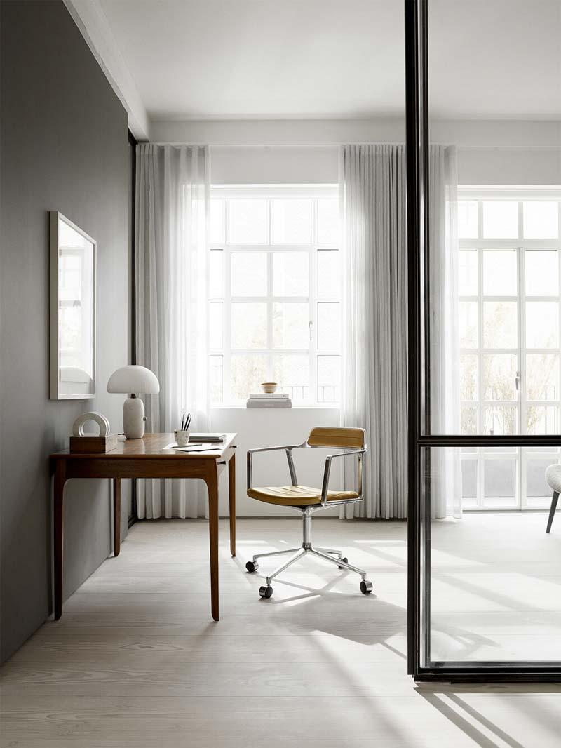 mooie design bureaustoel Vipp452