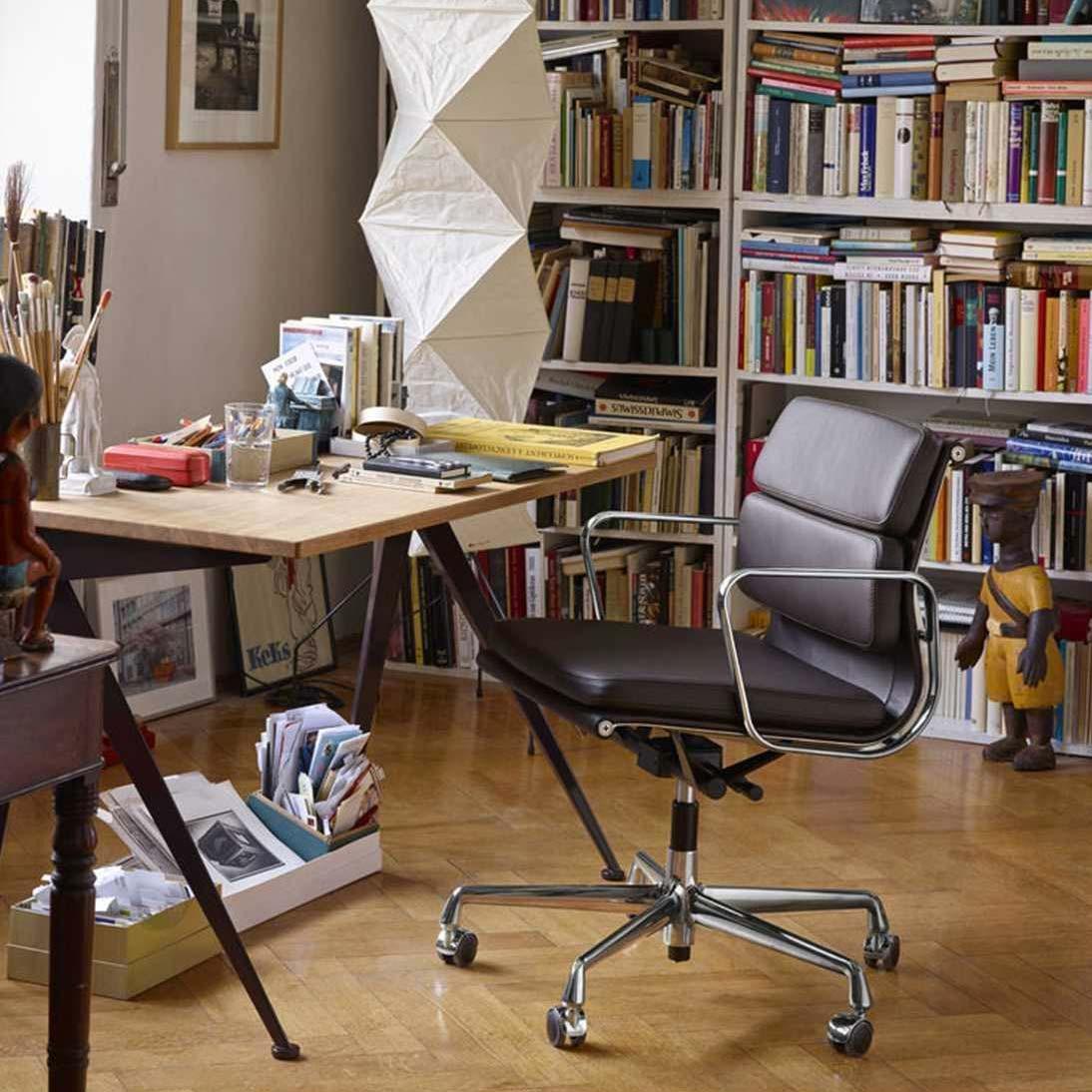 mooie design bureaustoel vitra Soft Pad Chair EA 217